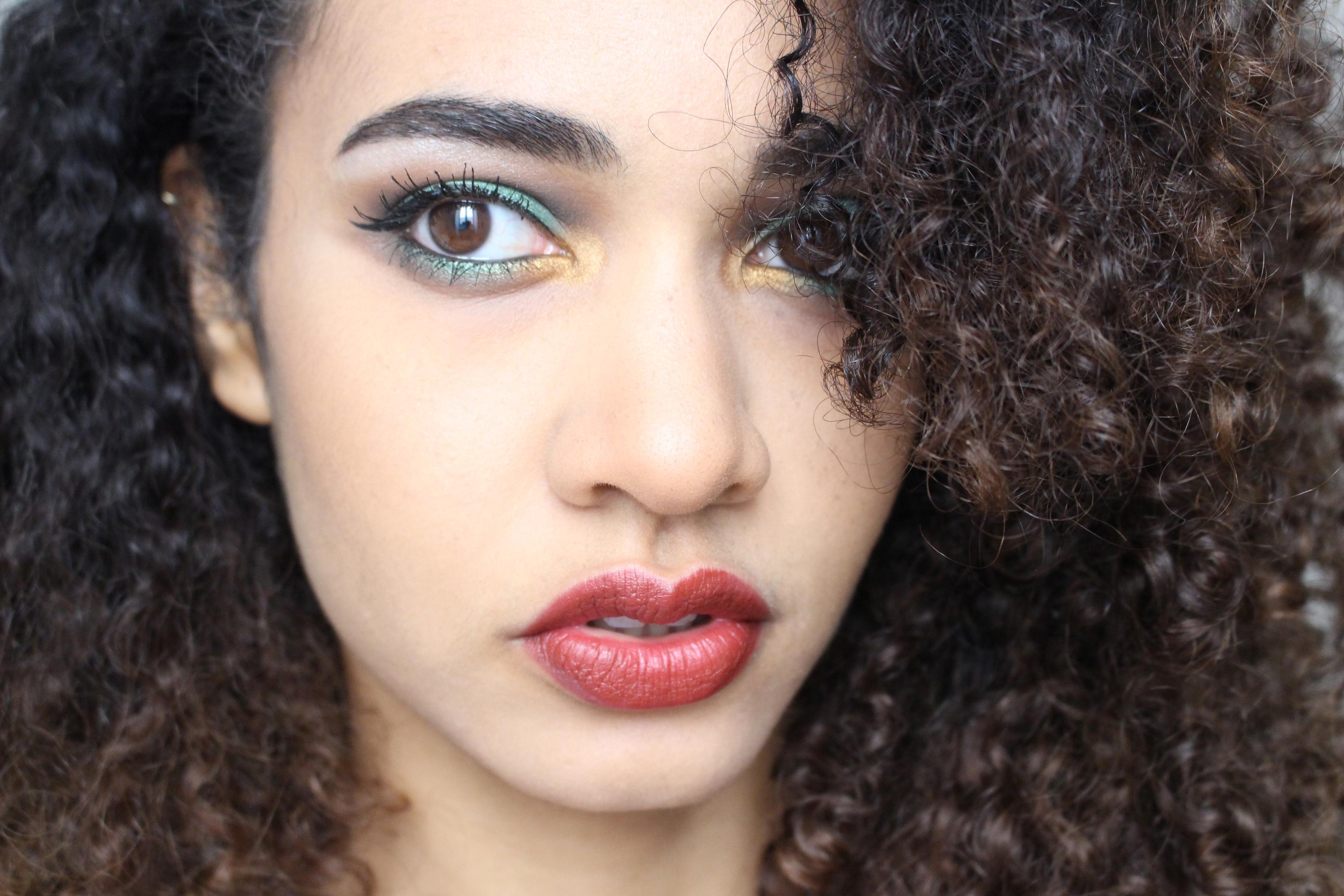 maquillage vert liner fj beauty