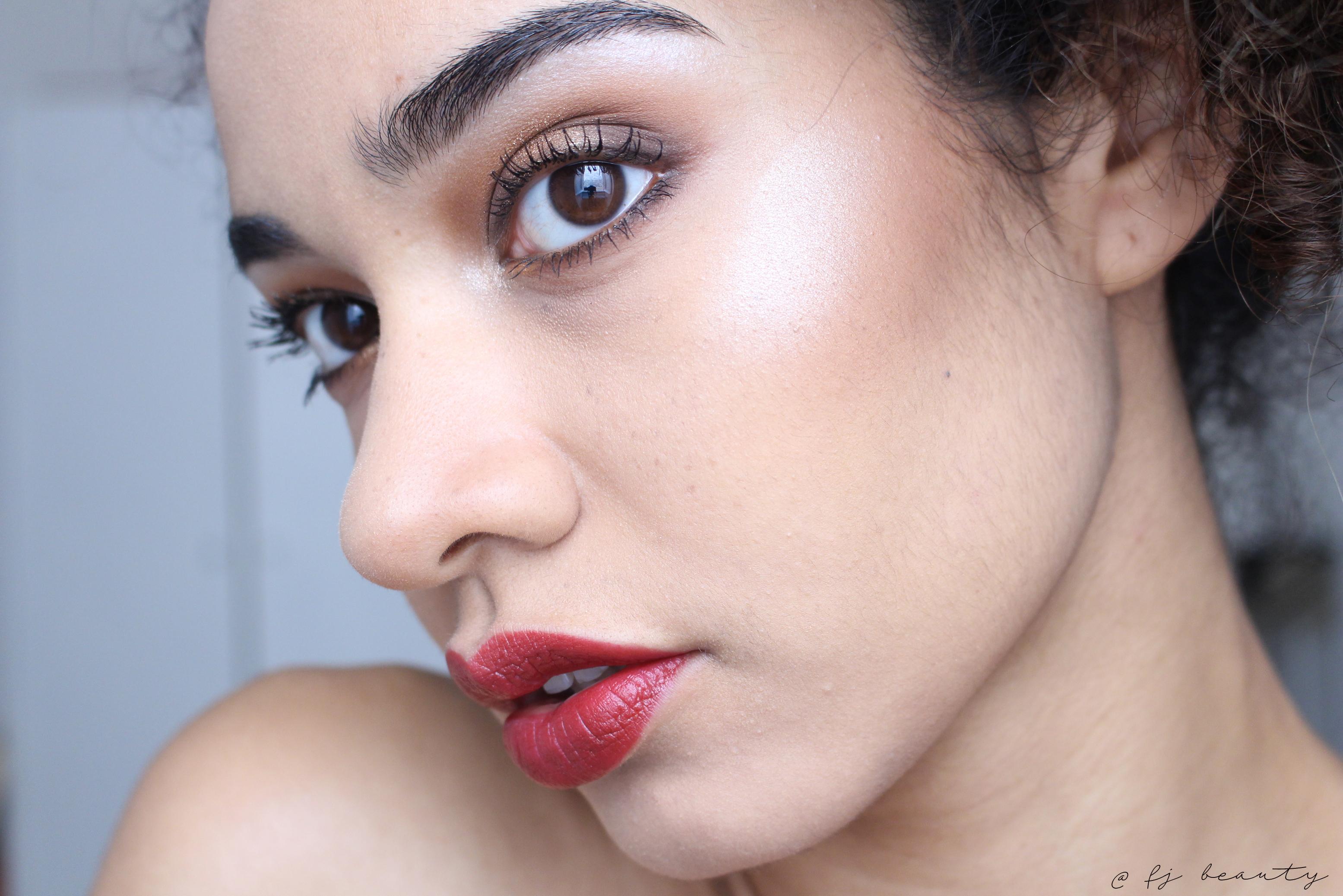 makeup brown & gold