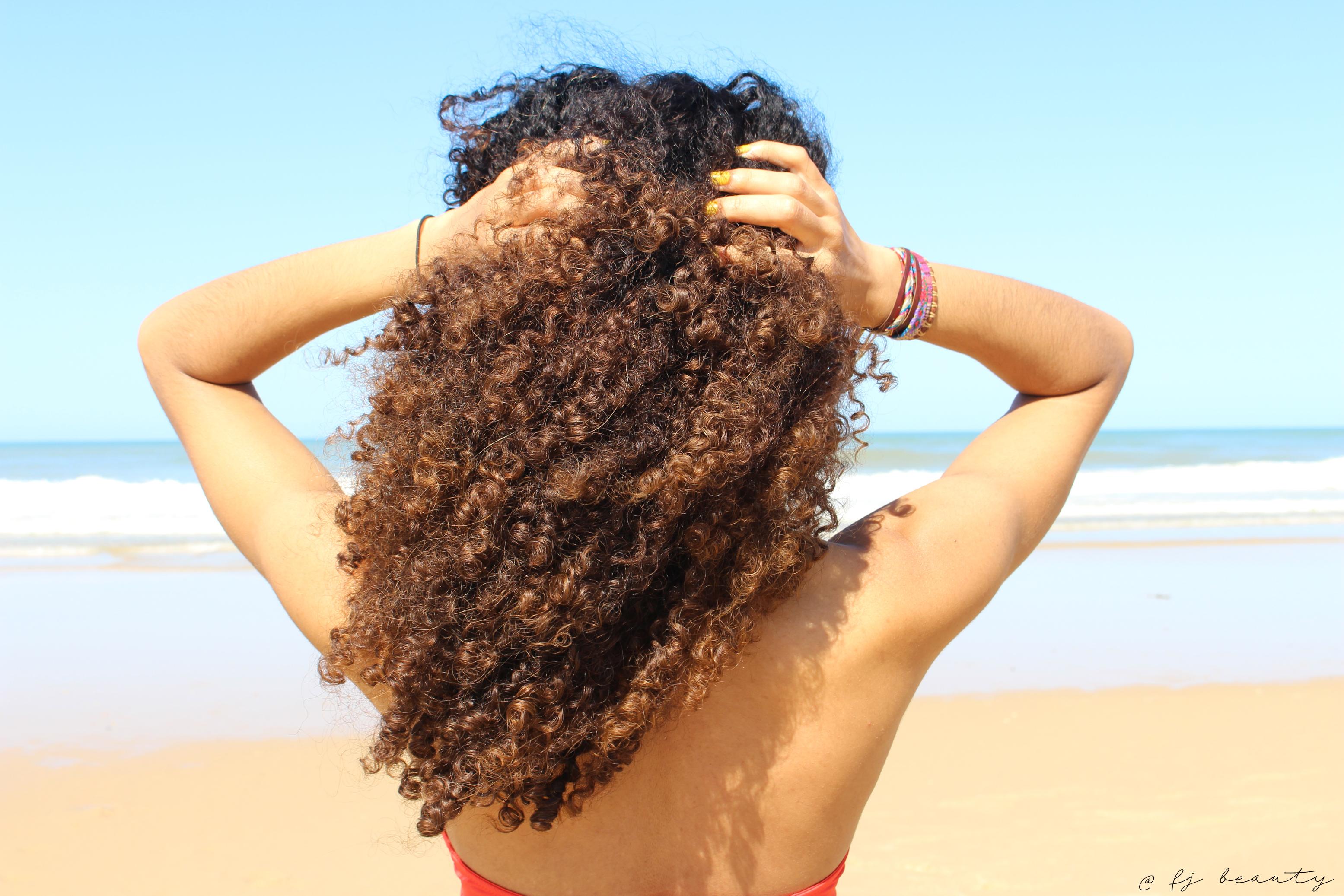 protéger soin cheveux frises boucles été