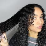 Comment bien démêler ses cheveux bouclés / frisés ?